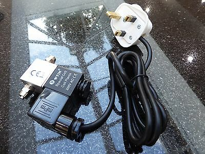 ** AQUARIUM Co2 SOLENOID VALVE, UK PLUG - HEALTHY AQUARIUM PLANT GROWTH - UK **