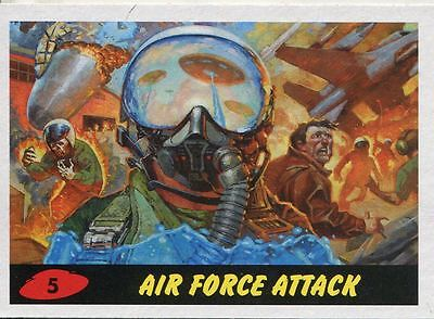 Mars Attacks Invasion Heritage Parallel Base Card #5