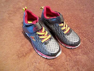 Baby Girls Toddler Athletech Gray/Pink Athletic Shoes Size 10M
