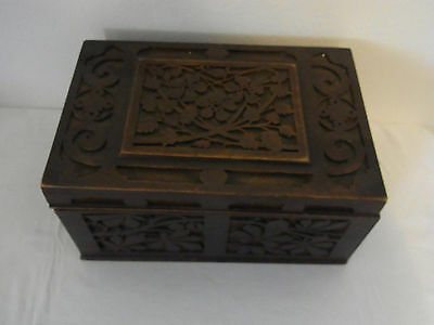 Antique Germa Tramp Folk Art Wood Sewing Box  #<
