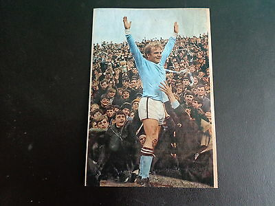 """MANCHESTER CITY  FRANCIS LEE scoring at Newcastle 1967/8 6""""x4"""" Photo REPRINT"""