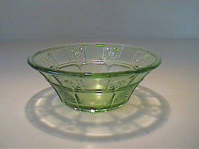 "Vintage 1930's Green Doric 4 1/2"" Berry Bowl - Depression Glass"