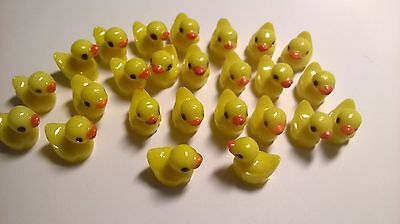 Ducks x 25 SLIGHT SECONDS CRAFTS / DOLLS HOUSE MINIATURES (F1175)
