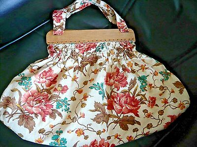 Large Vintage Knitting/sewing/crafts Bag ~ With Wooden Top Frame
