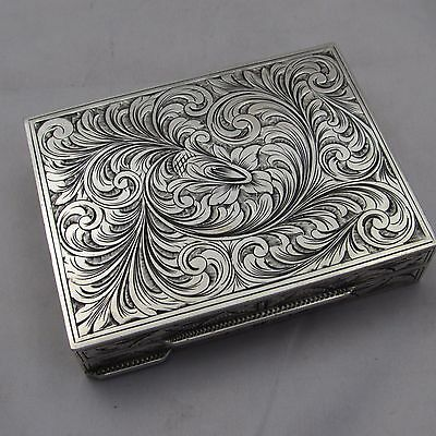 LOVELY QUALITY ANTIQUE /  VINTAGE  ITALIAN .800 SILVER LADIES COMPACT CASE 188 g