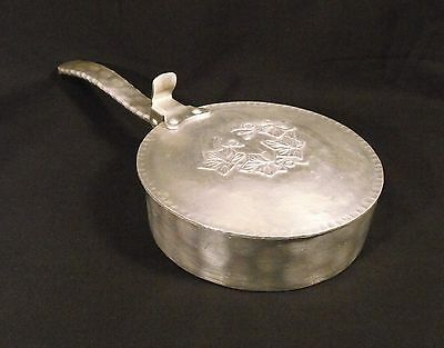 Vintage EVERLAST METAL Hand Forged Aluminum Silent Butler Crumb Catcher  #552