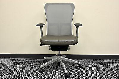 Haworth ZODY ergonomic ergo FIXED ARMS SWIVEL mesh OFFICE Leather OLIVE Chair