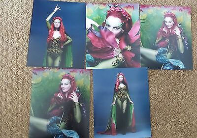 UMA THURMAN POISON IVY lot of VINTAGE 8X10 PHOTO PHOTOGRAPH BATMAN & ROBIN 2