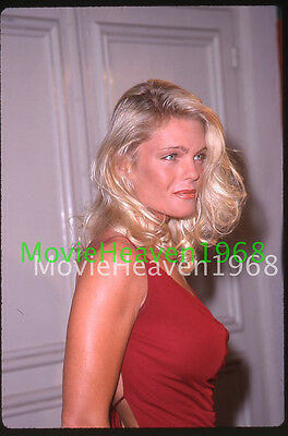 Erika Eleniak VINTAGE 35mm SLIDE TRANSPARENCY 12742 PHOTO