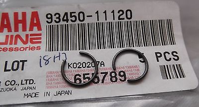 Genuine Yamaha Piston Gudgeon Pin Circlips (pair) 93450-11120