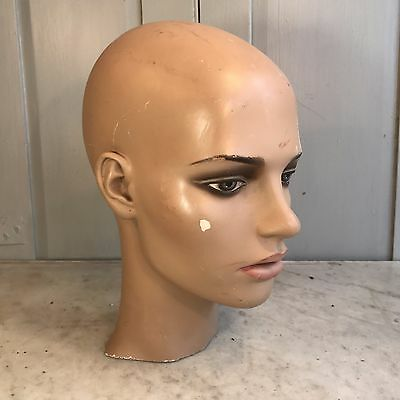 Vintage retro female mannequin head