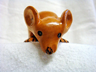 ADORABLE Hand Carved Wood MOUSE SHELF SITTER Peeks Over Edge