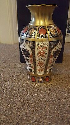 "Royal Crown Derby Old Imari Solid Gold Band 8 "" passiflora  Vase Mint Condition."