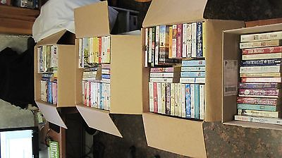 Lot of 126 FERN MICHAELS BOOKS