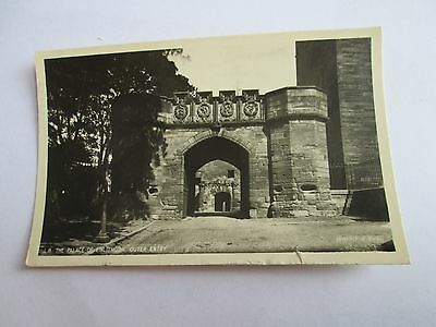 Postcard of The Palace of the Linlithgow, Outer Entrance posted 1953 RP