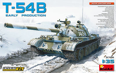 MINIART #37011 T-54B (Early Produktion) w/Interior in 1:35