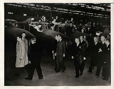 """WWII King George Views Row of Avro """"Ansons"""" at Factory in Manchester Press Photo"""