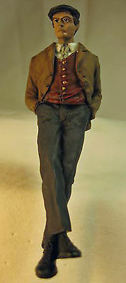 LEANING MAN NUMBER 1 Lg Scale G F 1:20.3 Model Railroad Painted Figure FGGRL02A