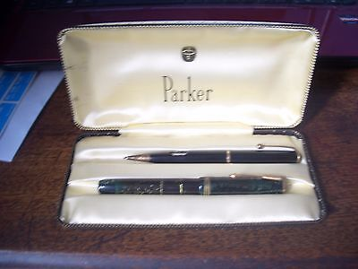 Vintage Boxed Green Parker 17 Set Fountain Pen Untested For Writing Ability