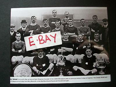 """MANCHESTER UNITED TEAM  1909   With FA CUP + Charity Shield    6"""" x4""""   REPRINT"""