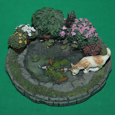 Dolls House Garden Pond With Goldfish Cats & Plants