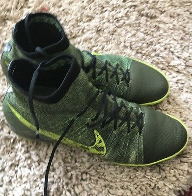 Nike Sock Astro Trainers Football Boots Size 8.5 Pre Owned