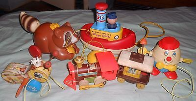5 Vintage Fisher Price Pull Toys-Wood Queen Buzzy Bee-Tuggy Tooter Boat-Train +