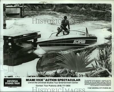 """1987 Press Photo Scene from Miami Viceâ""""¢ Action Spectacular - hcx11273"""