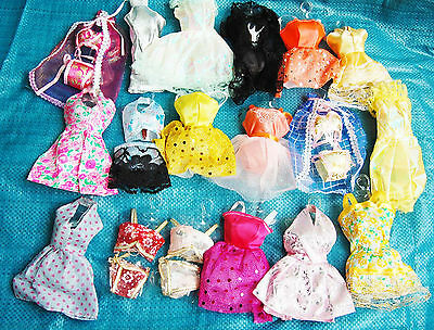 25   P   〓 (10 clothes+10 shoes + 5 hangers) for Barbie Doll rtgds865