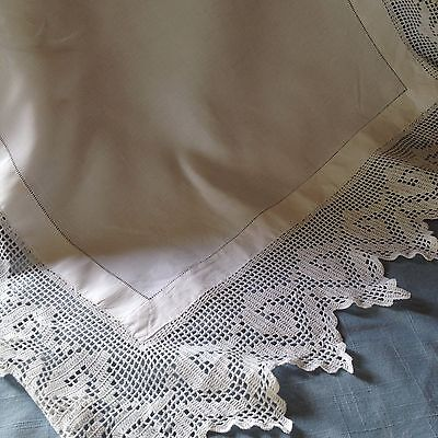 "White vintage linen side cloth with a 4"" deep pointed lace edge all round"