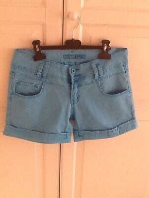 Short femme taille 40,REDSEVENTY ,bleu Turquoise Claire