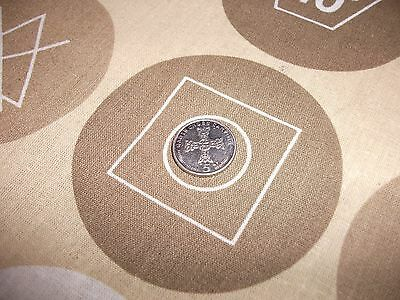 isle of man 2003 5p/5 pence coin,'gauts cross carving' circulated good condition