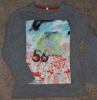 Boys grey M&S long sleeved top. Age 7-8 years. New without tags.