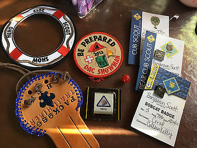 Lot Of 7 Cub Scout Patches Pins Dac Showman  Bobcat & Bear Badge Hiking More