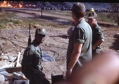 463J Original 1960's Slide U.S Soldier Raging Base Fire Black Smoke Vietnam War