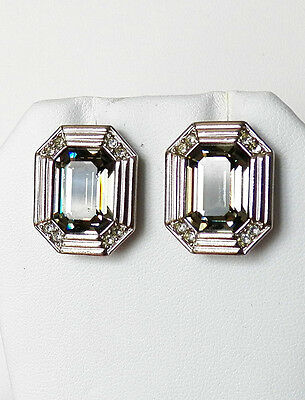 Perfect Pair Of Pierced Earrings With A Clear Grey Crystal Center On Silver Tone