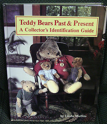 Teddy Bears Past and Present Book  by Linda Mullins