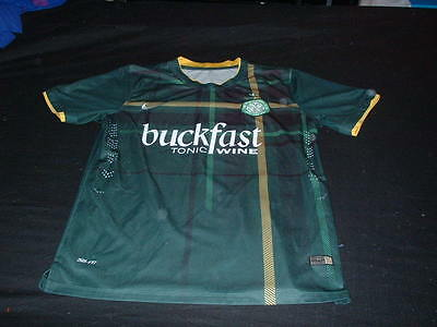 Celtic Scotland Football Large Mans Players Fit Buckfast Wine Sponsored Jersey