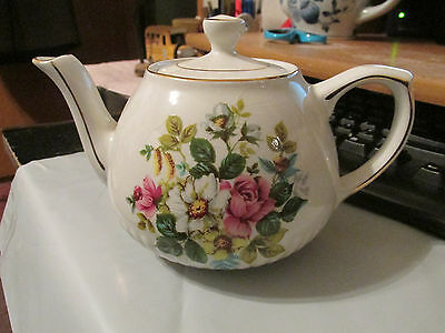 Wood & Sons Ellgreave Ironstone 2 Cup Teapot With Gilding - England