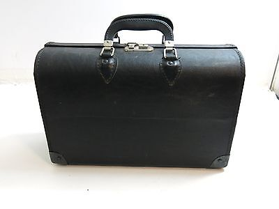 "Vintage Pandora Black Leather Doctor Dr Bag 16"" With Lock / Key Made In Usa"