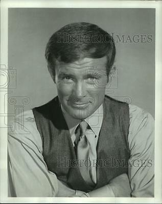 """1969 Press Photo Actor Robert Conrad of """"The D.A.: Murder One"""" Movie - nop17449"""