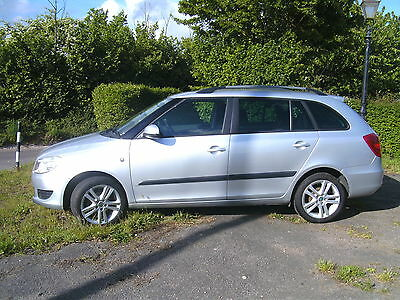 Skoda Fabia 1.2 Petrol 2011 With 22,500 Miles Only Lady Owner