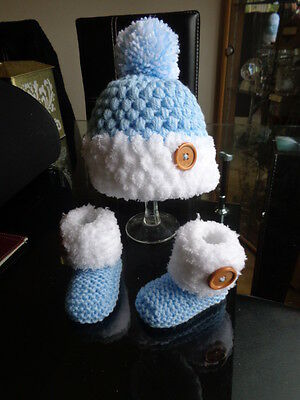 Hand knitted Baby/Reborn Booties, and Crochet Hat,Size 0/3 Months,