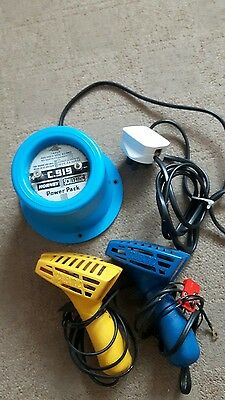 Vintage SCALEXTRIC C919 12V  Transformer   And 2 Controllers