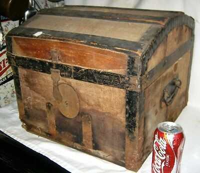 Antique Usa Sm. Table Country Primitive Americana Wood Steamer Dome Trunk Chest