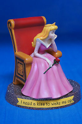 Sleeping Beauty Aurora I Need a Kiss to Wake Me Up Figurine 17869 Disney Retired