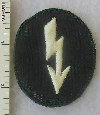 ORIGINAL WW2 Vintage GERMAN ARMY INFANTRY SIGNAL BLITZ PATCH on LIGHT TWILL