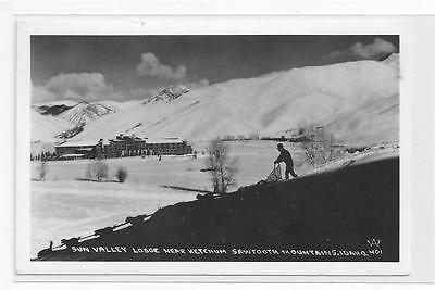 Real Photo ! Sun Valley Lodge, Sawtooth Mts., Idaho ! 1944 !