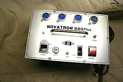 Novatron 880 Plus Powerpack w/variable power for 5 pins  heads working great