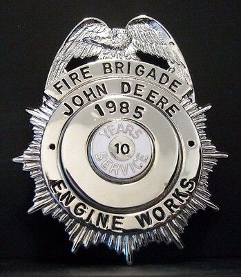 John Deere Engine FIRE BRIGADE EMPLOYEE BADGE 10 Yr  1985 BLACKINTON Service Pin